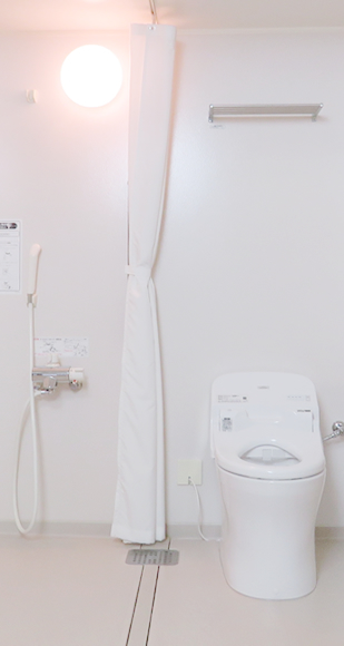 シャワー・トイレ