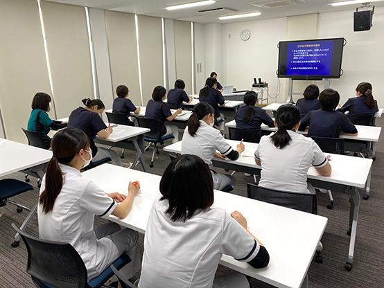 看護部の月例勉強会