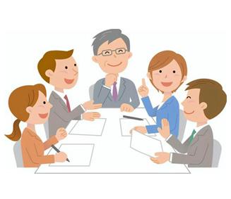利用開始前に、自宅にて担当者会議、契約を行います